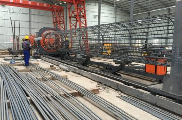 Kínában készült egyszerű üzemeltetés tartós és erős minõségbiztosítású acél rácsos ketreces hegesztõgép és erõsítõ ketrecek gyártása